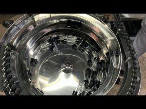 cơ tay loại cbd chai làm đầy và đóng nắp máy
